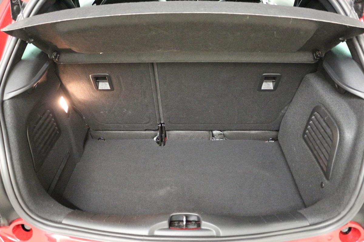 Clim auto fonctionnement de la climatisation automobile euromaster kit pompe a vide pour - Euromaster salon de provence ...